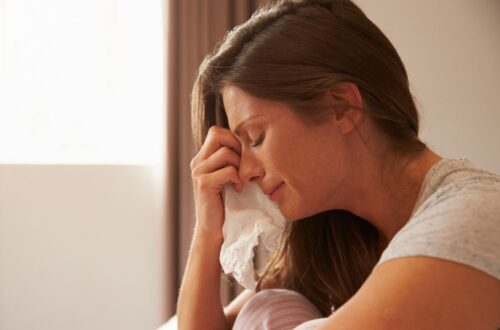 איך לדעת אם אני בדיכאון אחרי לידה