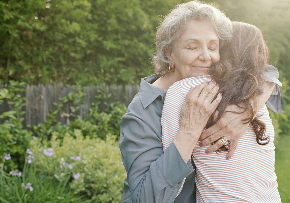 תמיכה בטיפולי פוריות סבתא אמא